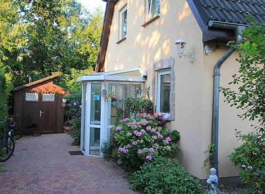 Familienhaus im Grünen Rudow mit hohem Freizeitwert!