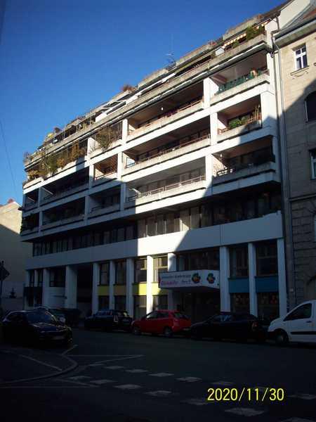 Renovierte 2.-Zi.Wohnung, Provisionsfrei, Hunde, Katze haltung erlaubt in Südstadt (Fürth)