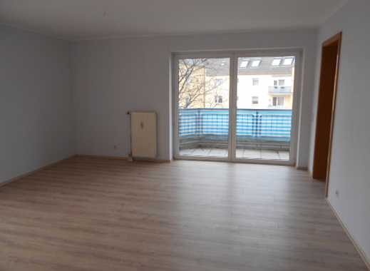 Frühlinsaktion! Schöne, frisch renovierte 3-Zimmerwohnung mit Balkon zu vermieten!