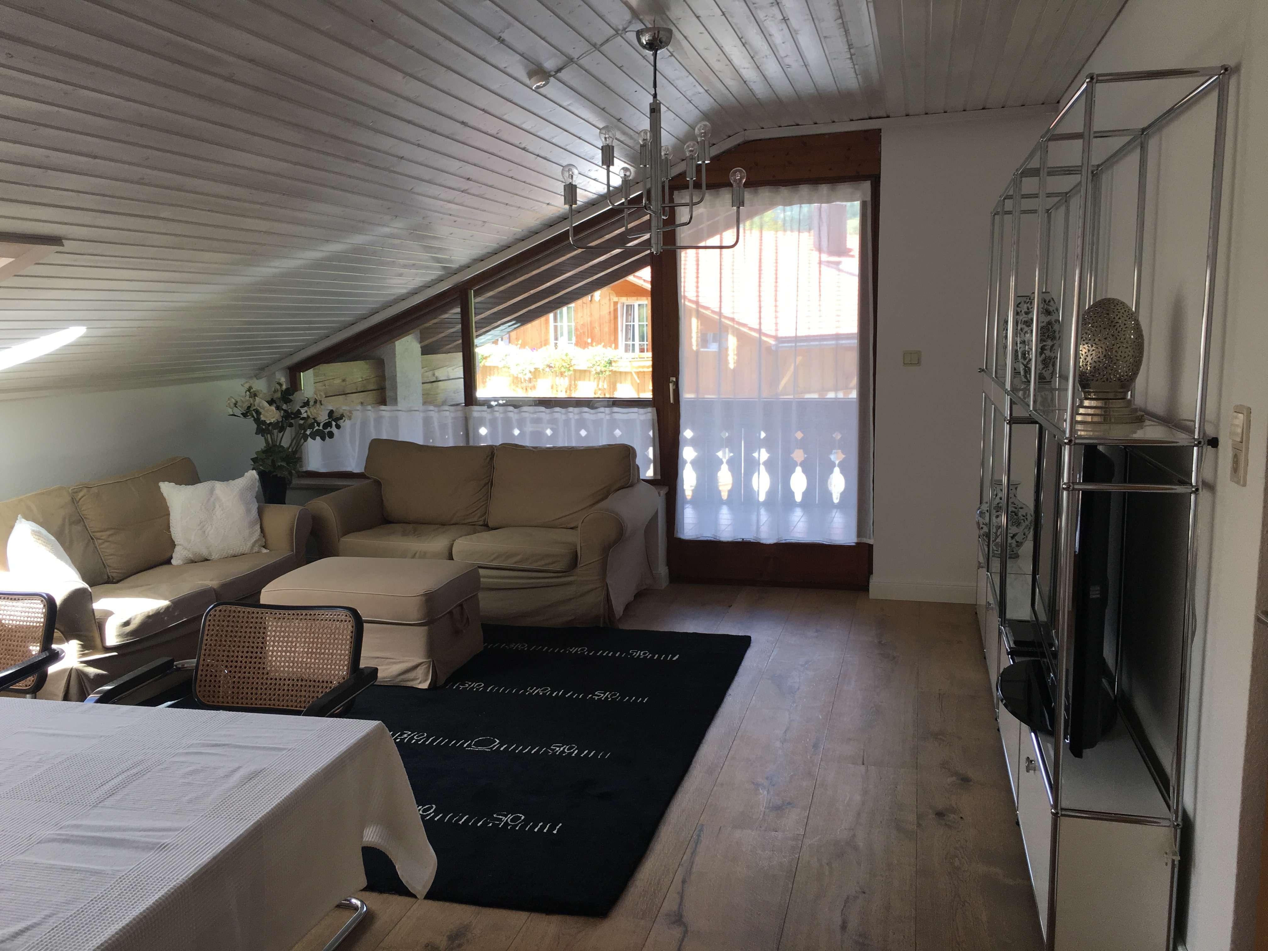 Großzügige voll möblierte 4-Zimmer-Wohnung in Bad Hindelang