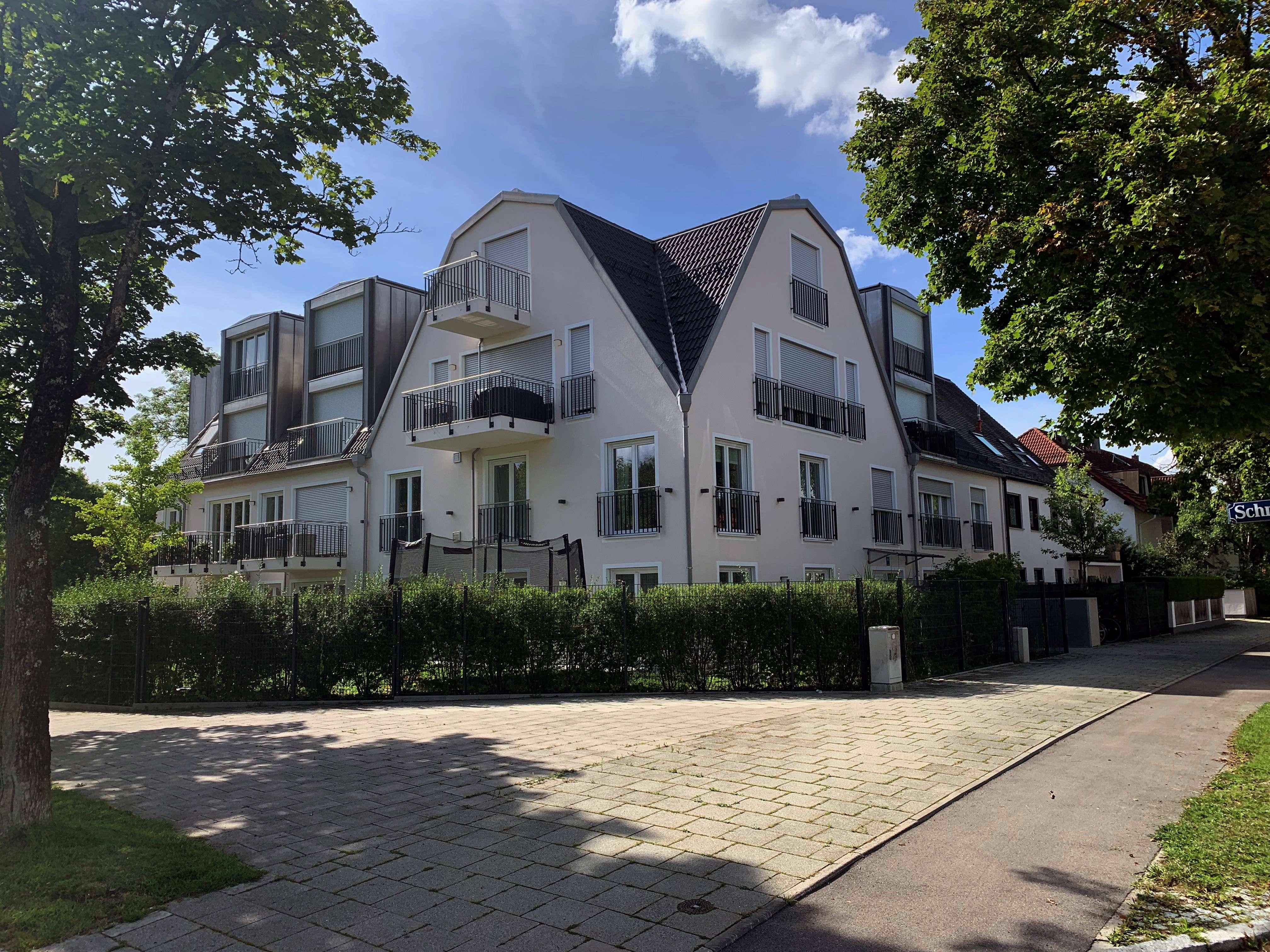 Wunderschöne Dachgeschosswohnung, 75 m², 2 Zimmer, KfW70, Zweitbezug in Perlach (München)