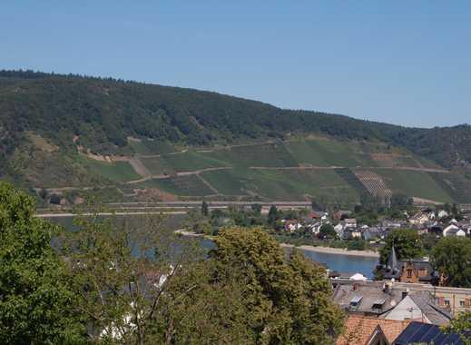 Sonniges Baugrundstück mit tollem Blick in das Rheintal