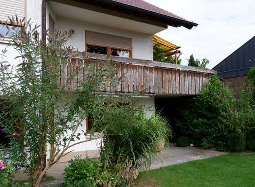 Gepflegte 4,5 Zi.-Gartengeschoss-Whg. mit EBK,Stellplatz, Terrasse+Gartenmitbenutzung in Deufringen
