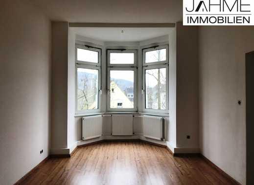 4-Zimmer-Wohnung zentral in Gevelsberg mit Altbau-Charme, Balkon und Garage zu vermieten!