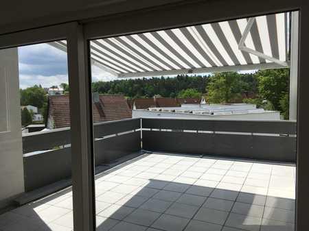 phantastisches Penthouse, exklusive Ausstattung, große Dachterrasse ruhig und zentral gelegen in Herzogenaurach