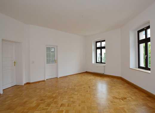 Single-Wohnung mit EBK und Tageslichtbad