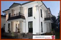 Ein - Zweifamilienhaus Villa Bj 2012