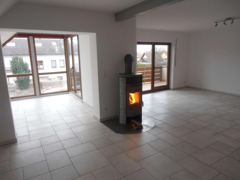 3 Zimmer Wohnung mit Wintergarten, Balkon, BIO Gartenanteil möglich in