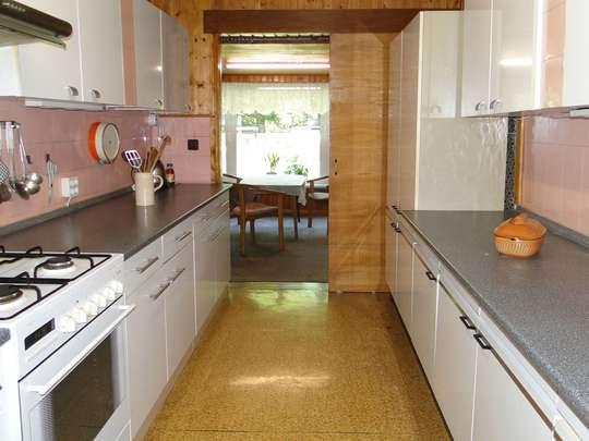 Sanierungsbedürftiges Wohnhaus im grünen Zeesen - Bild 13