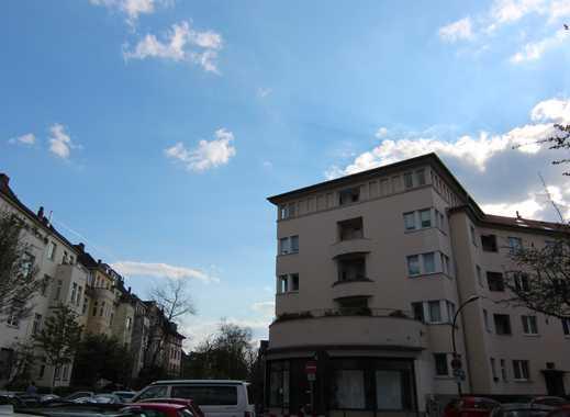 4-Zimmer- Wohnung mit Balkon in Köln Klettenberg