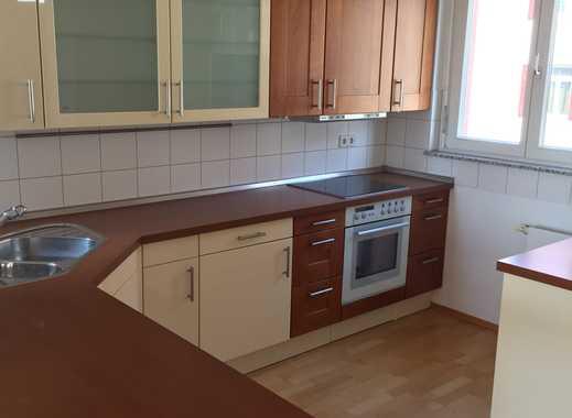 Moderne 3 Zimmer Wohnung  auf 2 Etagen mit  Terrassenbalkon