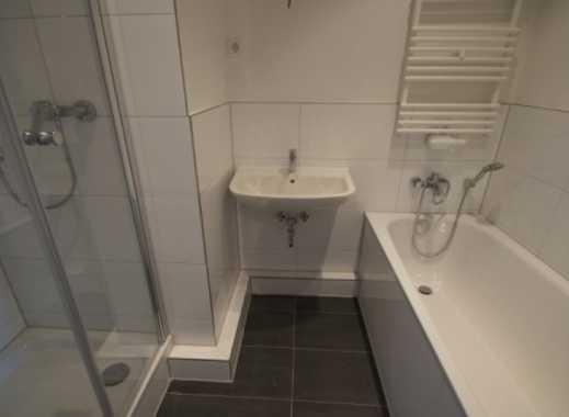 Düsseldorf-Bilk, Stilvolle, sanierte 3-Zimmer-DG-Wohnung - direkt vom Eigentümer