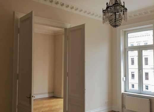 Belle etage: Sehr schöne, geräumige, frisch sanierte 3-Zimmer Whg zentral in Wiesb