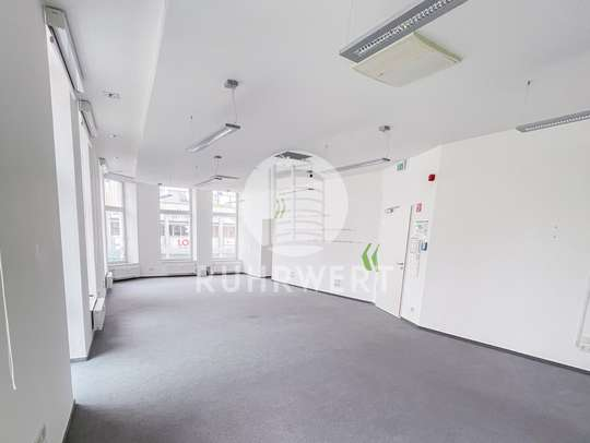 Großraumbüro 1
