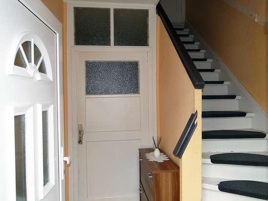 Freistehendes 2-Familienhaus in Wandlitz mit Ausbaumöglichkeiten - Bild 6