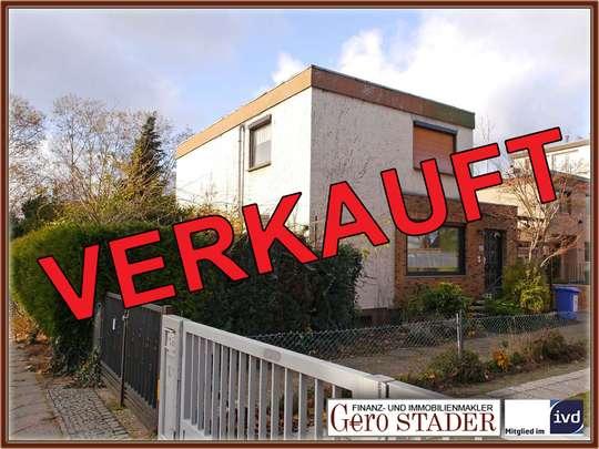 Sanierungsbedürftiges Haus nahe der Fritz-Erler-Allee - Bild 1