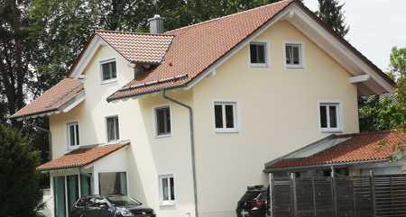 Stilvolle, neuwertige 4-Zimmer-Maisonette-Wohnung mit 2 Balkonen in Geretsried