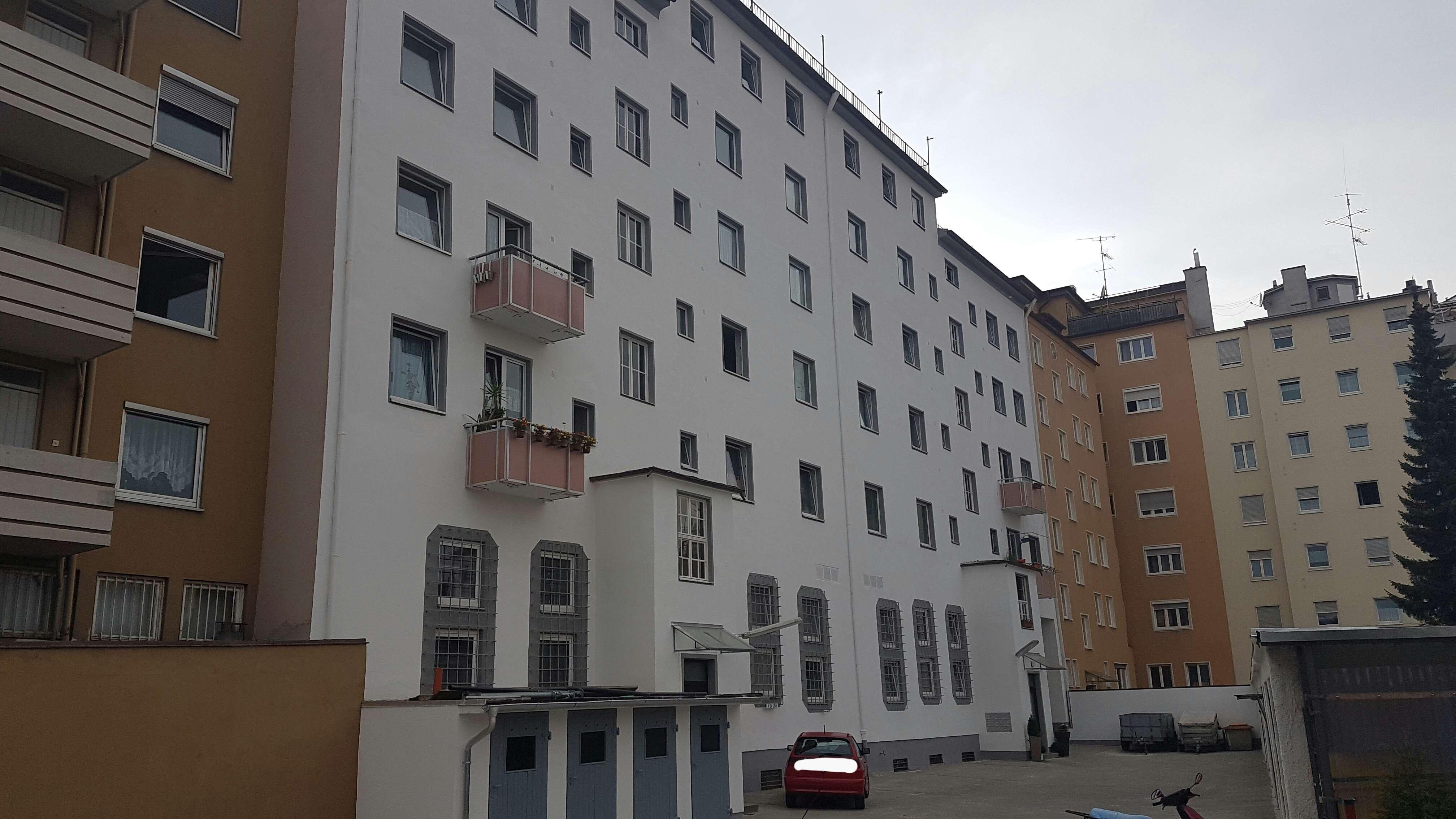 Gepflegte 1-Zimmer -Wohnküche und Bad mit EBK in Augsburg in Lechhausen (Augsburg)