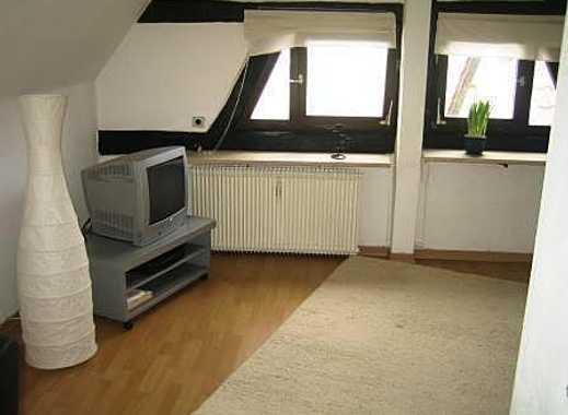 Möblierte 2,5-Zi.-DG-Whg. in S-Birkach inkl. WLAN, Stellplatz und Waschmaschine - 2203