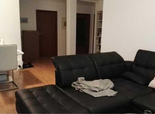 Zwischenmiete:  Zimmer in 2er WG in großer & moderner Wohnung (86m²) mit Balkon im Grünen in ruhiger