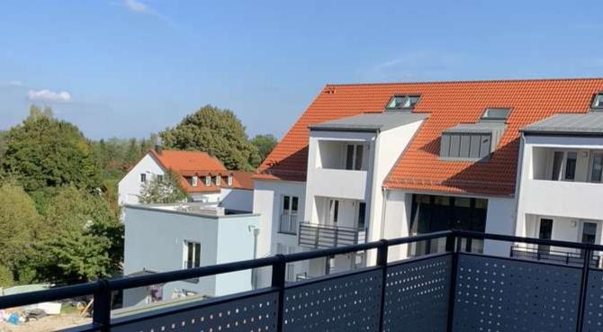 Erstbezug: exklusive 4-Zimmer-Wohnung mit neuer EBK in Freising in