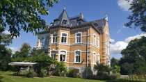 Repräsentative Villa mit Park in