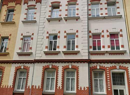Im Westviertel Altenburgs 3-Raum Dachgeschosswohnung zu vermieten