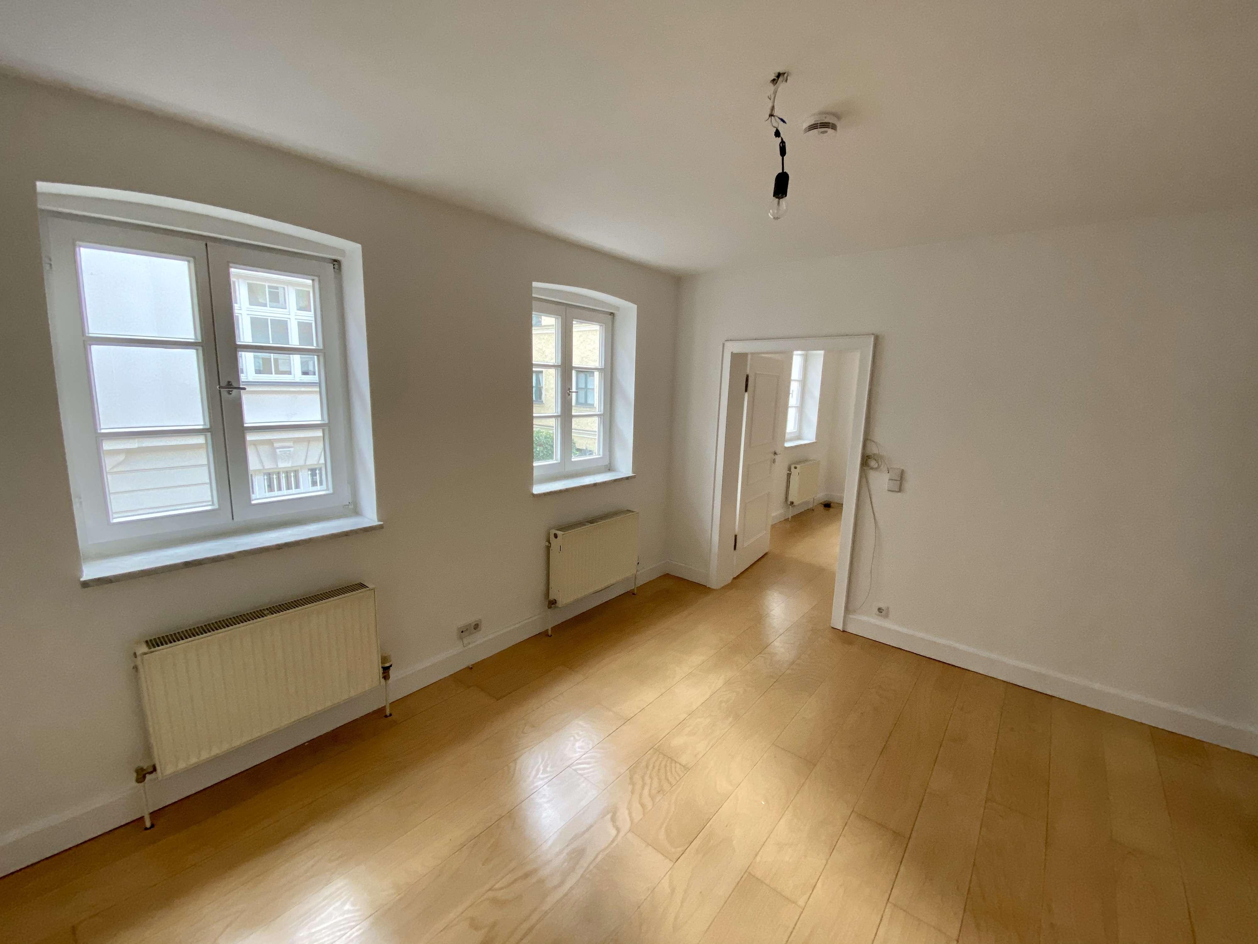 Haidhausen, Max-Weber-Platz: 2-Zimmer, Etagenwohnung, parknah in Haidhausen (München)