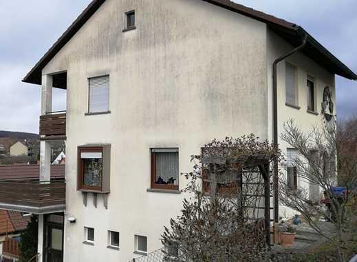 Freistehendes Haus mit fünf Zimmern und Einliegerwohnung in Würzburg, Versbach