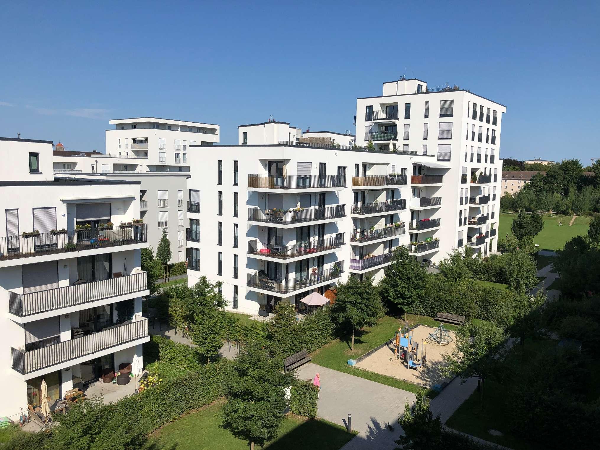 Neuwertige lichtdurchflutete 3-Zimmer Wohnung mit großer Terrasse und Garten in Obergiesing (München)