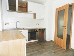 Küche mit EBK und E-Geräten