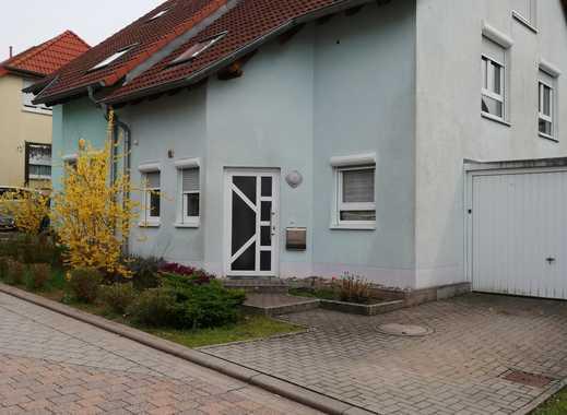 Doppelhaushälfte mit Garage und Garten in ruhiger Lage  in Otterbach