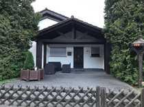Freistehendes Haus mit großem Garten