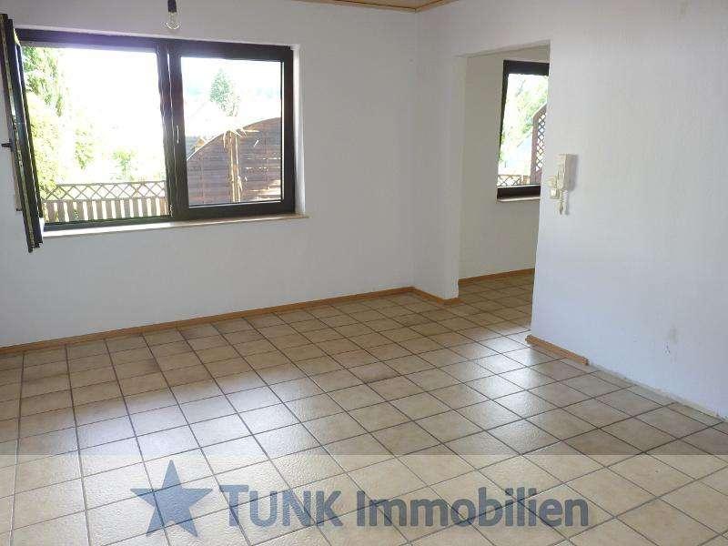 Wohnen wie im Urlaub! 4 Zimmer-EG-Wohnung mit Terrasse u. separatem Eingang in Kleinkahl in Kleinkahl