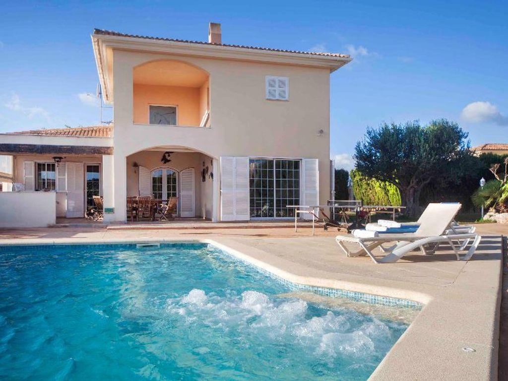 Elegantes & modernes Haus mit Charakter, privatem Pool und schön ...