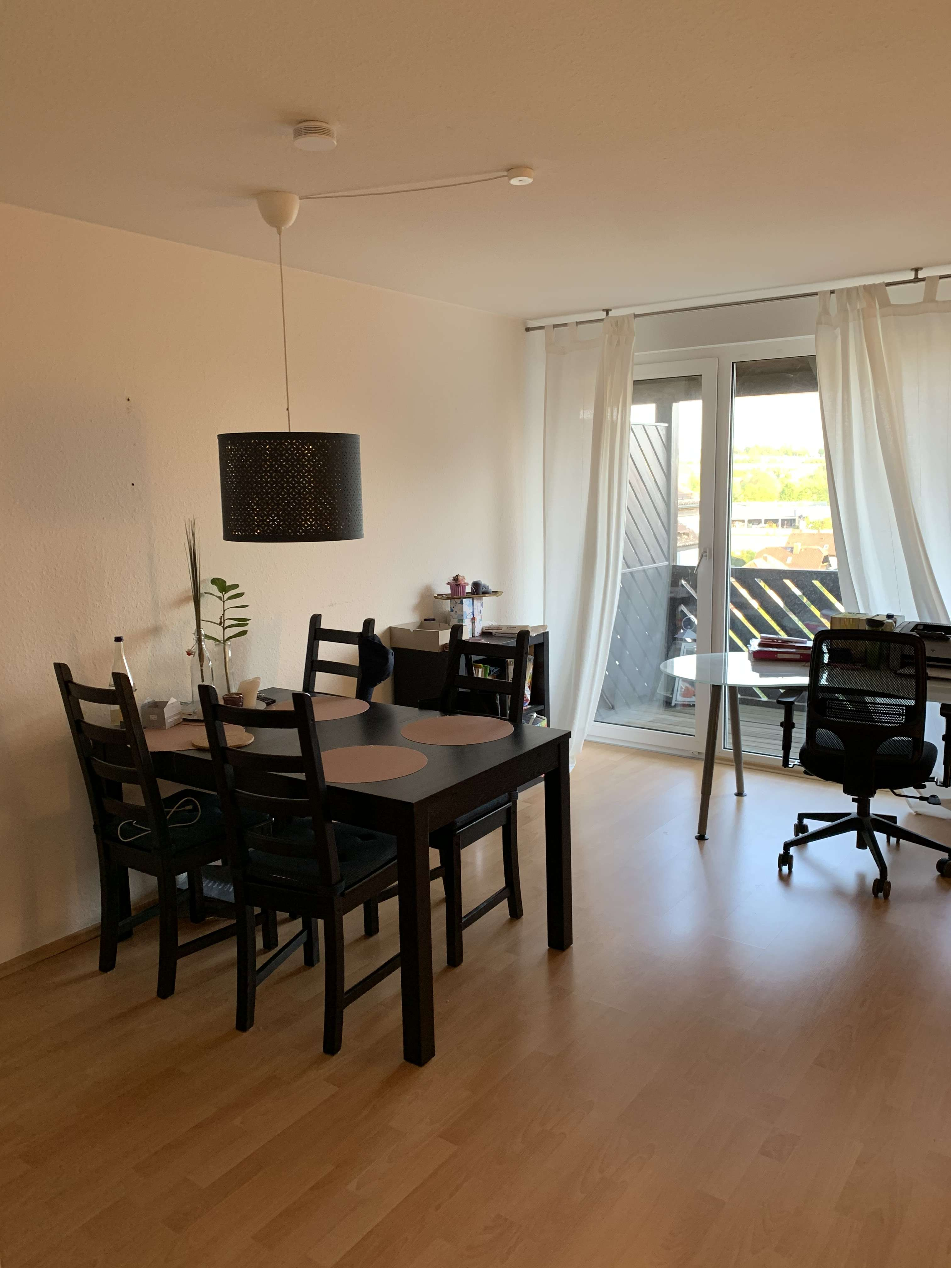 Tolles 1-Zimmer Apartment mit Balkon in Top Lage in