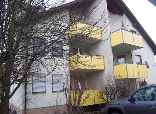 Schöne, helle, gut geschnittene 2-Zimmer-Wohnung (teilmöbliert) mit Balkon in Kirchenkirnberg
