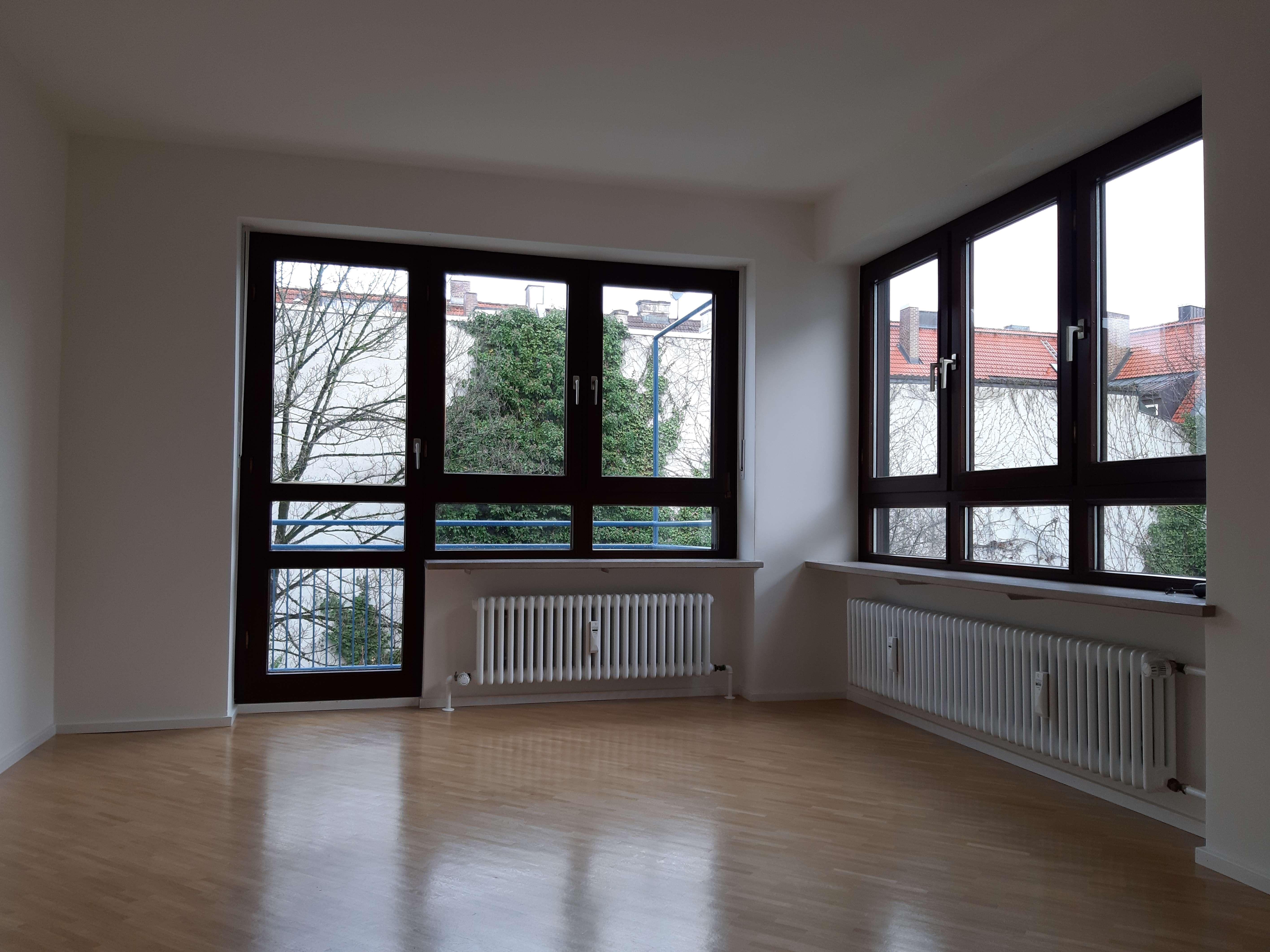 Helle 2-Zimmer-Wohnung mit Balkon in Obergiesing, München in Obergiesing (München)