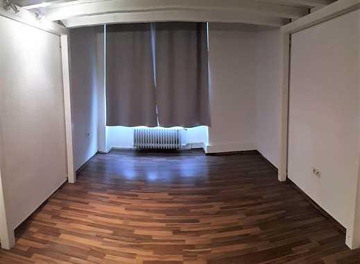 Geräumiges 24m² Zimmer in 4er WG