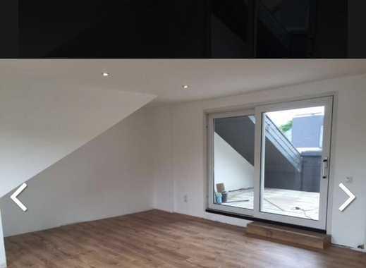 Attraktive 3,5-Zimmer-DG-Wohnung mit 20qm Dachterasse in Wuppertal