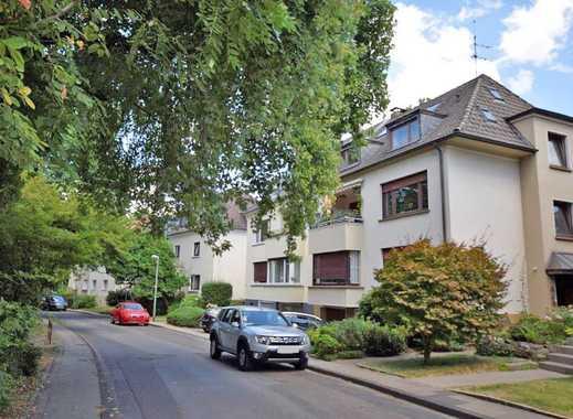 Superpraktisch! 2½ Zimmer Dachgeschoss-Wohnung mitten in Bredeney