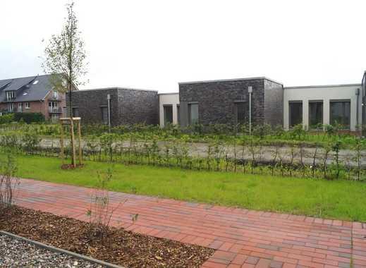 Wohnen auf einer Ebene! Winkelbungalow mit Terrasse und Garten