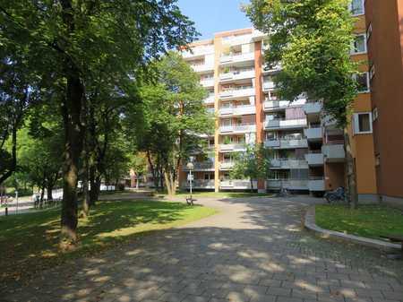 Schöne 3-Zimmer Wohnung in zentraler Lage von Neuperlach in Perlach (München)