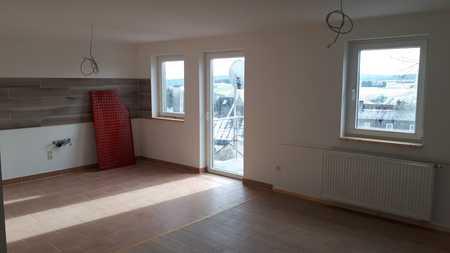 Erstbezug nach Sanierung: attraktive 4-Zimmer-Maisonette-Wohnung mit Balkon in Bad Steben in Bad Steben