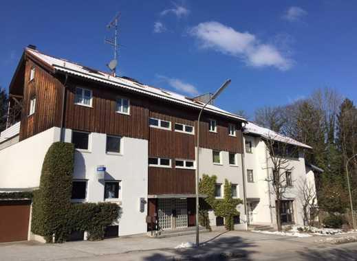 Neu renovierte 2-Zimmer-Maisonettewohnung mit großer Galerie und Balkon in Grünwald