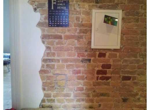 Schicke helle 3,5 Zimmer- Wohnung mit großer Wohnküche verkehrsgünstig