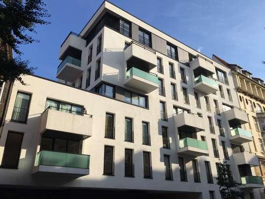 Wohnen in den Wallhöfen: Moderne 4-Zimmer Wohnung mit Balkon