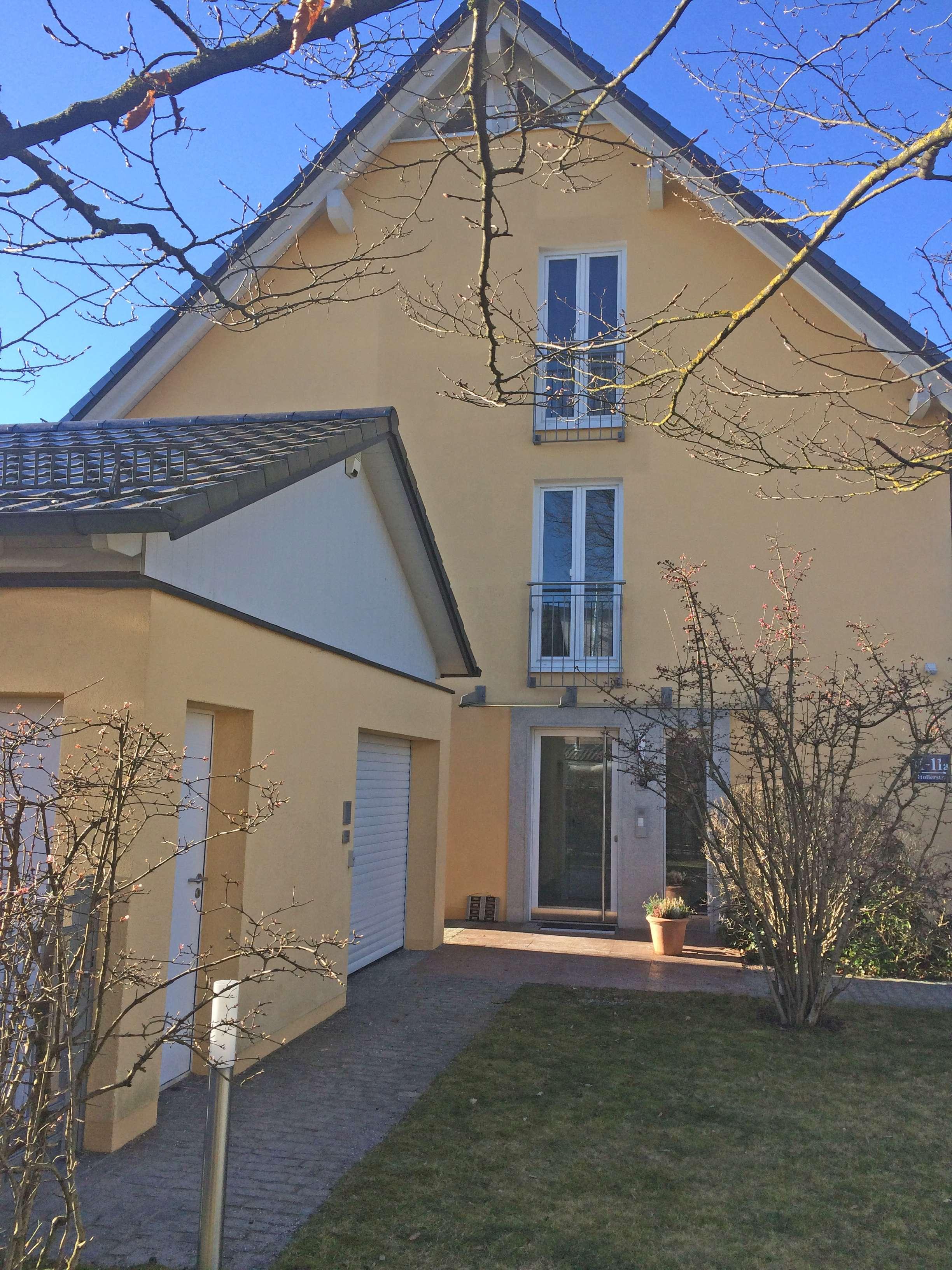 Wunderschöne Dachgeschosswohnung mit Dachterrasse und Balkon in der Fasanerie in Feldmoching (München)