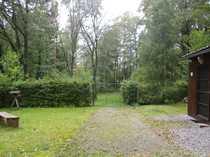 Freizeit Grundstück im Wald mit
