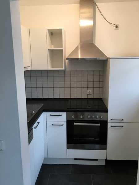 Geschmackvolle Wohnung mit einem Raum und Einbauküche in Moosburg in Moosburg an der Isar